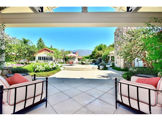 Single Family Residence, Custom Built - Claremont, CA (photo 4)