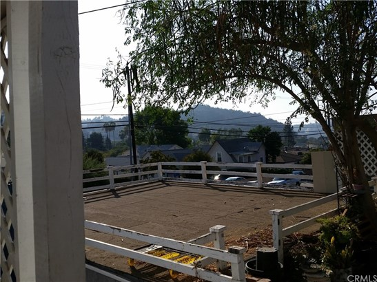 Single Family Residence - Los Angeles, CA (photo 3)