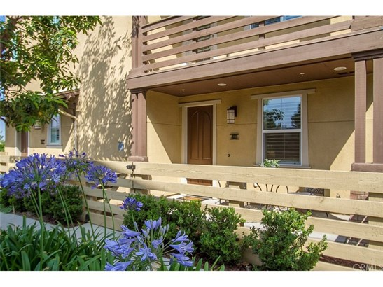 Condominium - Glendora, CA