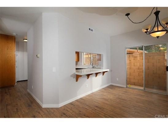 Condominium - Paramount, CA (photo 5)