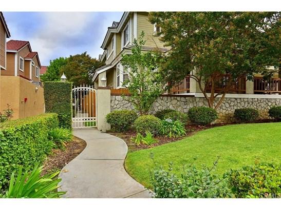 Condominium - Monrovia, CA (photo 2)
