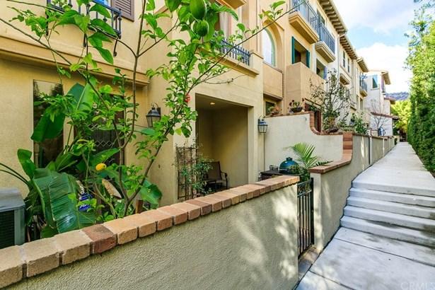 Mediterranean, Single Family Residence - Eagle Rock, CA (photo 2)