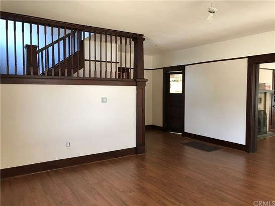 Single Family Residence, Craftsman - Pomona, CA (photo 1)
