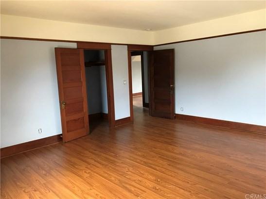 Single Family Residence, Craftsman - Pomona, CA (photo 4)