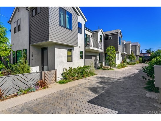 Single Family Residence, Modern - Los Angeles, CA (photo 2)