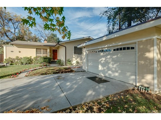 Single Family Residence - Altadena, CA (photo 2)