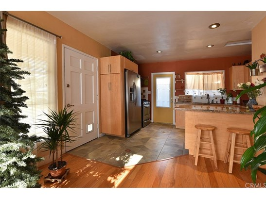 Single Family Residence, Cottage - Pomona, CA (photo 3)