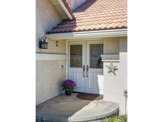 Single Family Residence, Contemporary - Upland, CA (photo 2)