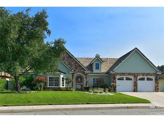 Custom Built,Modern,Traditional, Single Family Residence - Glendora, CA