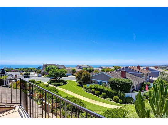 Single Family Residence - Dana Point, CA