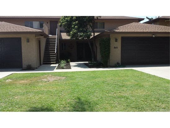 Traditional, Duplex - Monrovia, CA (photo 1)