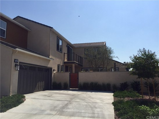 Single Family Residence - Glendora, CA (photo 3)
