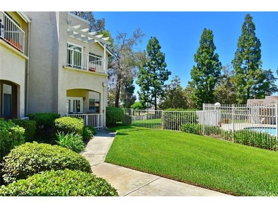 Condominium - Pomona, CA (photo 1)