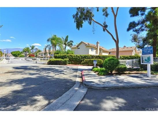 Condominium - Pomona, CA (photo 2)
