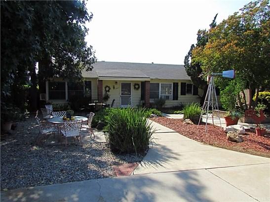 Single Family Residence, Traditional - Glendora, CA (photo 1)