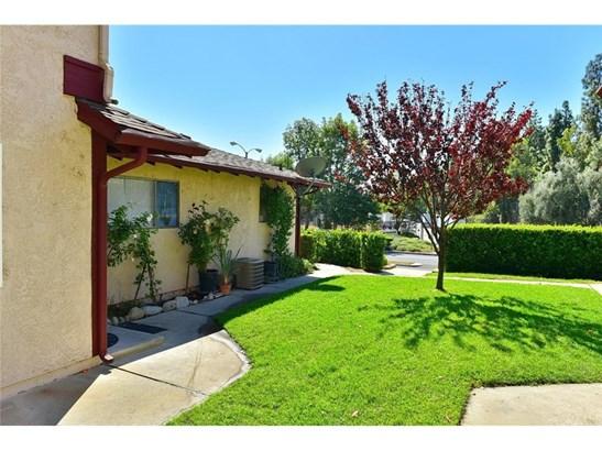 Condominium - Azusa, CA (photo 1)