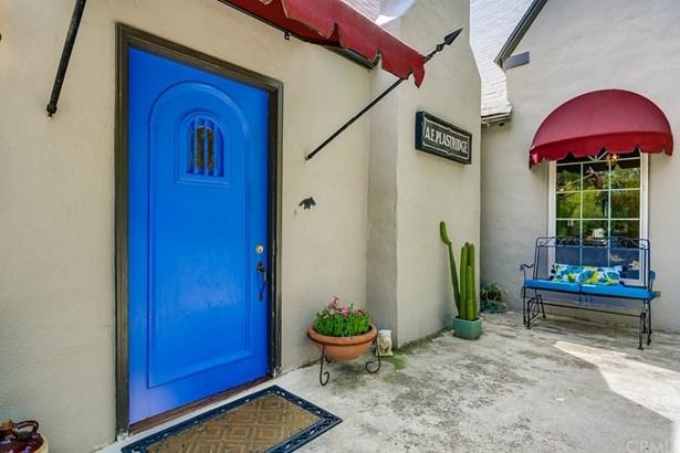 English, Single Family Residence - Altadena, CA (photo 3)