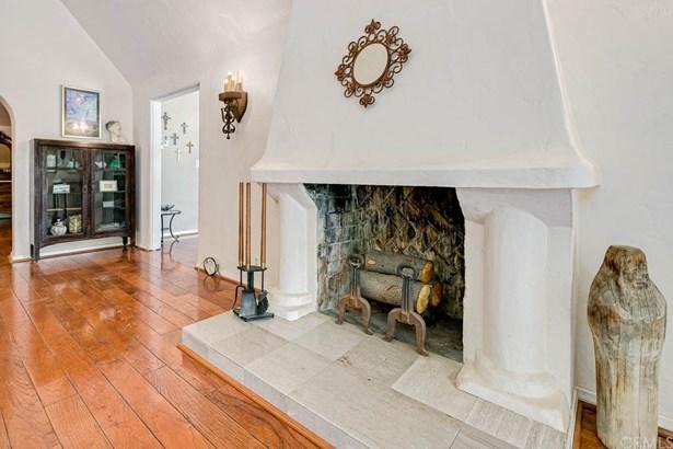 English, Single Family Residence - Altadena, CA (photo 5)