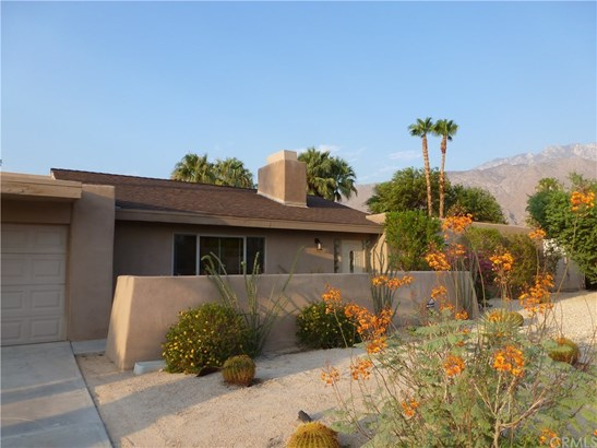Single Family Residence - Palm Springs, CA