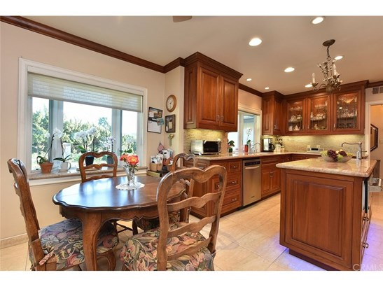 Single Family Residence, Ranch - Covina, CA (photo 4)