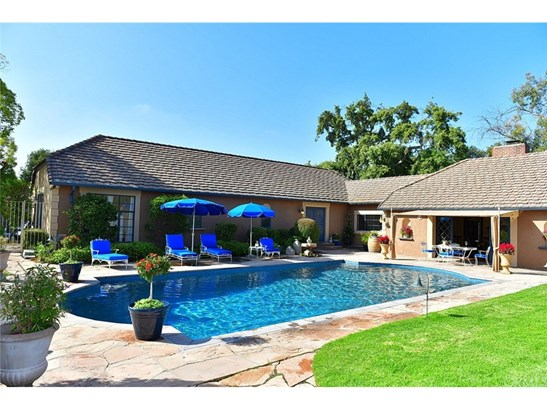 French, Single Family Residence - West Covina, CA