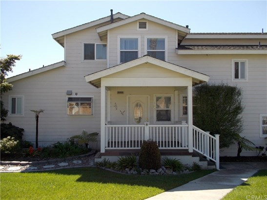 Single Family Residence - Pismo Beach, CA