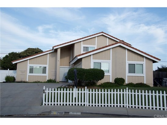 Single Family Residence - Santa Maria, CA