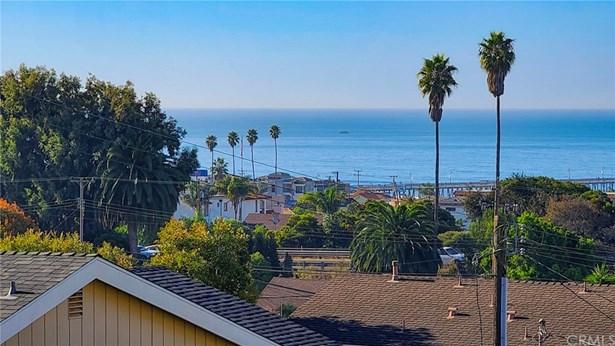 Single Family Residence - Pismo Beach, CA