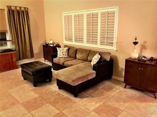 Single Family Residence, Contemporary - Santa Maria, CA (photo 2)