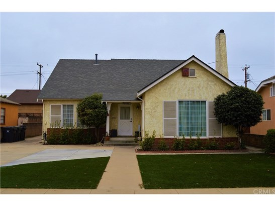Single Family Residence, Bungalow - Santa Maria, CA (photo 1)