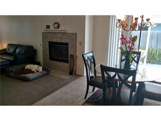 Single Family Residence, Craftsman - Santa Maria, CA (photo 4)