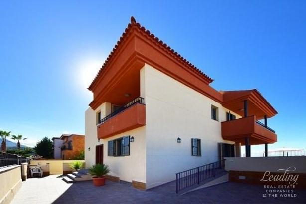 Adeje, Galeon, Spain, Galeon - ESP (photo 3)