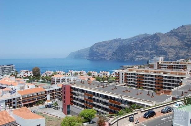 Santiago Del Teide, Puerto Santiago, Spain, Puerto Santiago - ESP (photo 3)