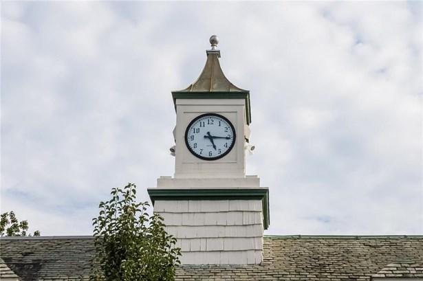 Town House - Middletown, RI (photo 3)