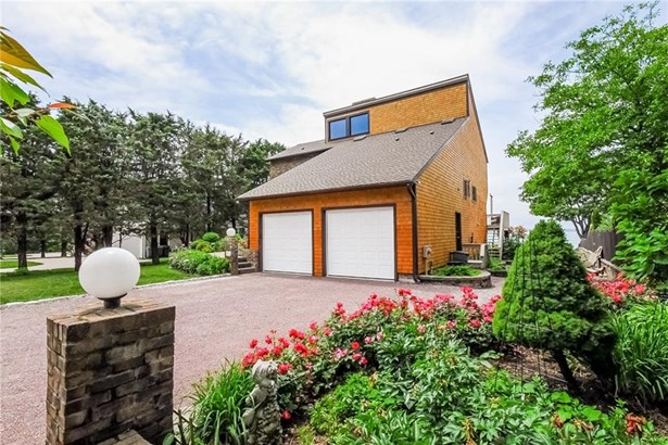 Contemporary, Cross Property - Jamestown, RI (photo 3)