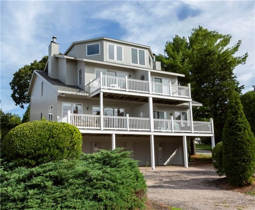 Town House - Westerly, RI