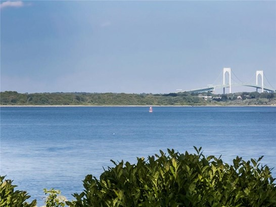 Cape Cod - North Kingstown, RI (photo 5)
