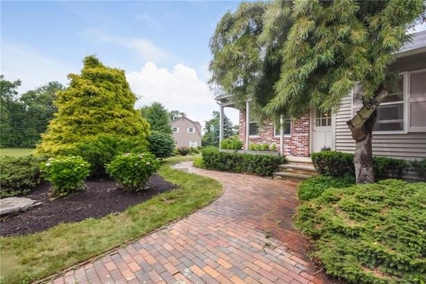 Colonial - Jamestown, RI (photo 5)