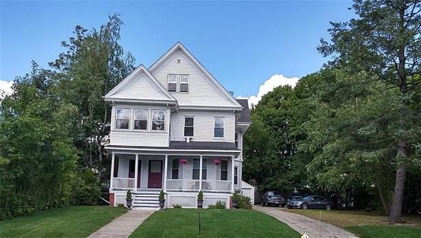Apartment,Town House - Cranston, RI (photo 1)