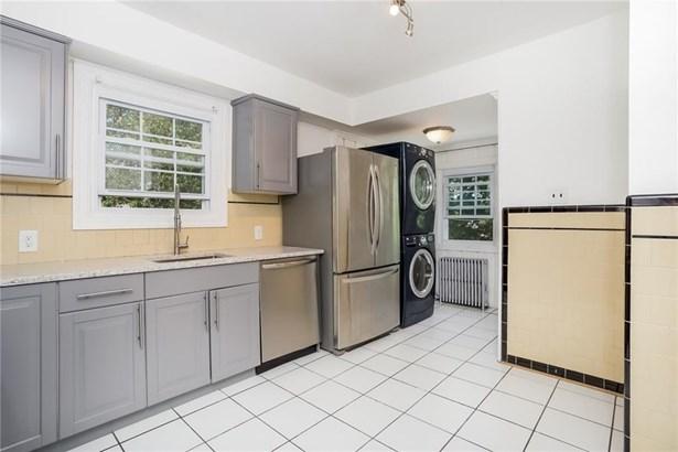 Apartment,Town House - Cranston, RI (photo 5)