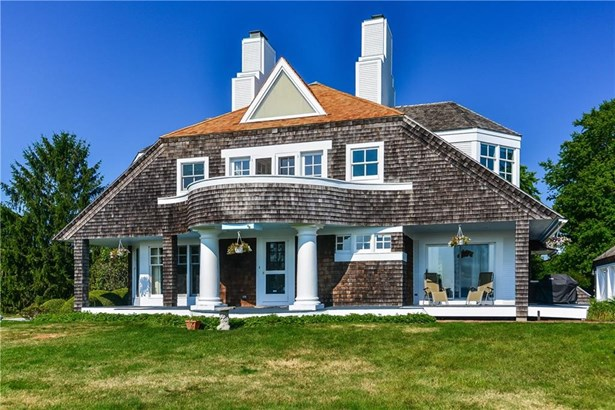 Cape Cod,Contemporary,Cottage - Bristol, RI (photo 4)