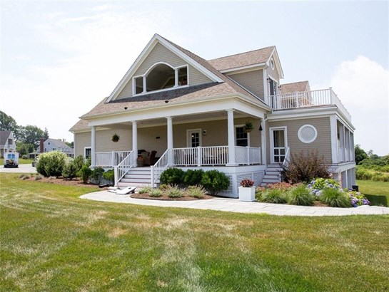 Cottage - Portsmouth, RI (photo 2)