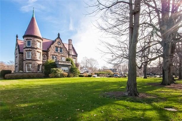 Town House - Newport, RI (photo 2)