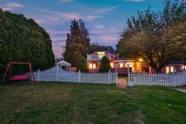 Cottage - Jamestown, RI (photo 1)