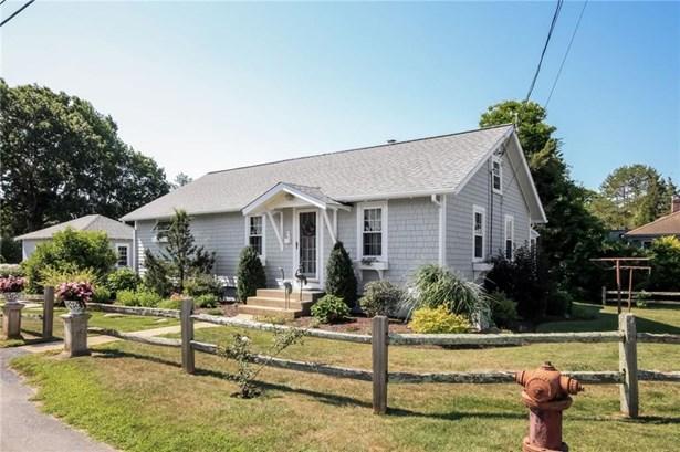 Cape Cod, Cross Property - North Kingstown, RI (photo 1)