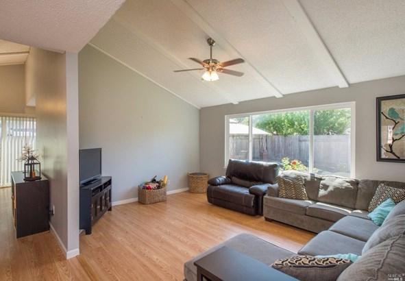 1636 Jeffrey Drive, Petaluma, CA - USA (photo 3)