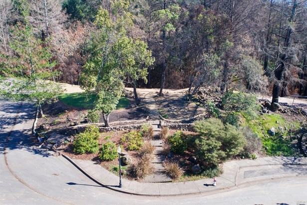 3829 Moss Hollow Court, Santa Rosa, CA - USA (photo 2)