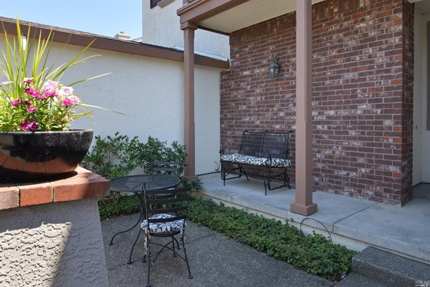 451 Goblet Place, Windsor, CA - USA (photo 3)