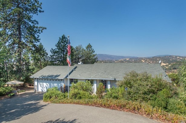 18230 Boxwood Court, Hidden Valley Lake, CA - USA (photo 2)