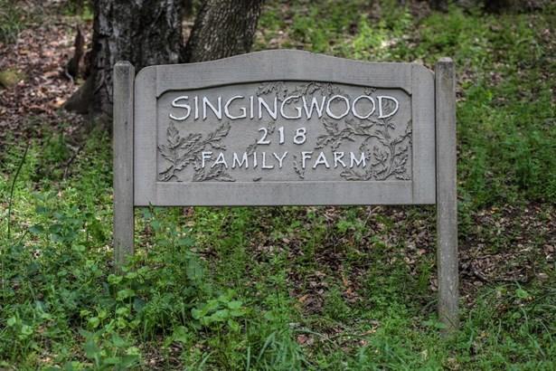 Woodside, CA - USA (photo 2)